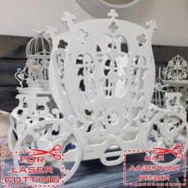 Макет кареты: элемент свадебного декора